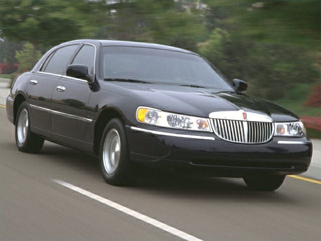 2000 Lincoln Town Car Signature In Columbus Oh Coughlin Gm Of Marysville